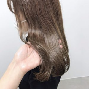 はま寿司バイト:髪色・ピアス2