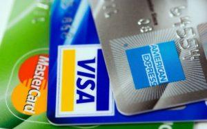 クレジットカード払いするとポイントがつかない?